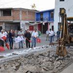 SE DA ARRANQUE DE LA CONSTRUCCIÓN DE LOSA DE ALCANTARILLA EN LA CALLE AGUSTÍN MELGAR
