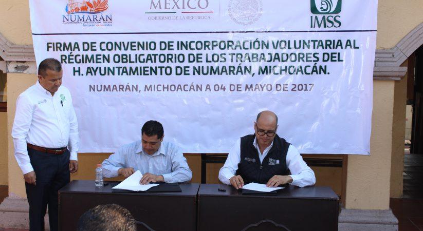 FIRMA DE CONVENIO DE INCORPORACION DEL PERSONAL AL IMSS