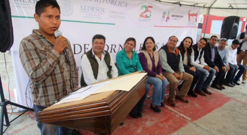 Reconoce Sedesol trabajo de jornaleros agrícolas de Yurécuaro