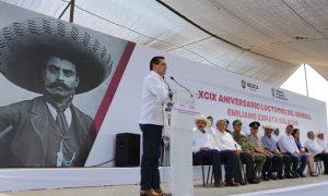 GOBERNADOR DE MICHOACAN LLAMA LOCO A DONALD TRUMP