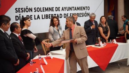 GOBIERNO MUNICIPAL RECONOCELABOR DE PERIODISTAS LOCALES
