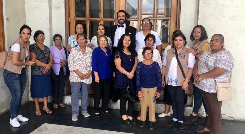 OFRECEN OBRA DE TEATRO PARA PERSONAS DE LA TERCERA EDAD