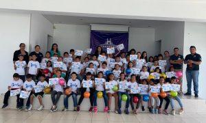 120 NIÑOS ECUANDURENSES VIAJARON AL ZOOLOGICO DE MORELIA